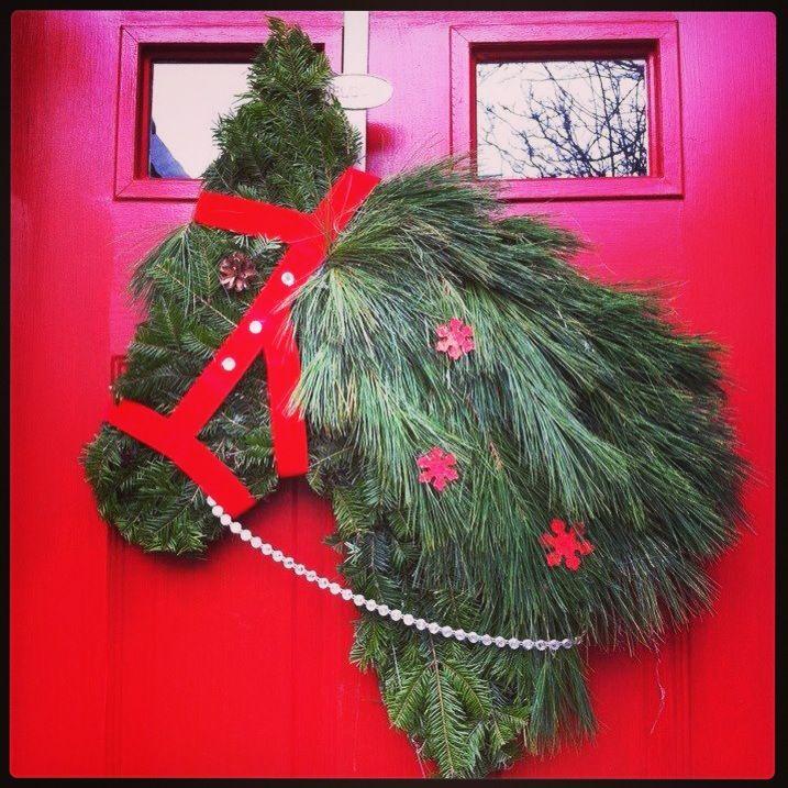 Adorable horse head wreath