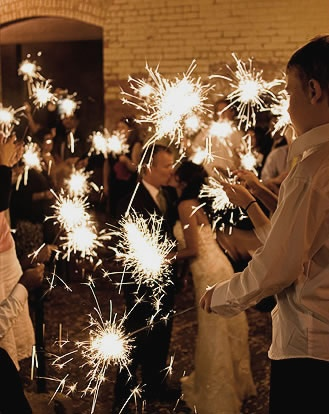this picture is lovely. so excited for our wedding: Reception, Wedding Ideas, Weddings, Wedding Stuff, Dream Wedding, Wedding Sparklers, Sparkler Send Off, Photo, Weddingideas