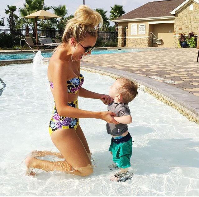 Mommy Time @ the Pool