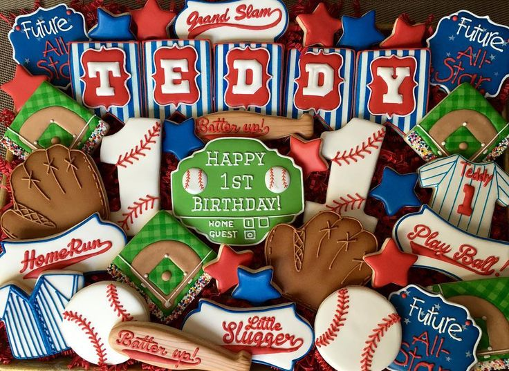 Batter up! #cookiesofinstagram #customcookies #decoratedcookies #decoratedsugarcookies #sweets #dessert #cookies #baseballcookies #baseball #firstbirthdaycookies #firstbirthday #batterup #glandslam #homerun #catchersmitt #baseballfan #spring