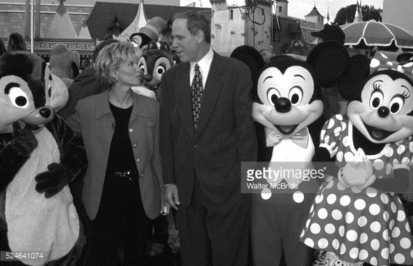News Photo : Joan Lunden with Michael Eisner, Mickey Mouse and...