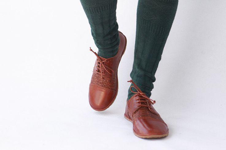 Oxford - Tobacco Brown Chaplin schoenen - handgemaakte lederen schoenen - CUSTOM FIT door TheDrifterLeather op Etsy https://www.etsy.com/nl/listing/463535225/oxford-tobacco-brown-chaplin-schoenen