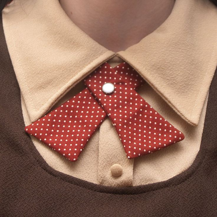 Continental-style neck tie for women (in Autumn Polka Dots).