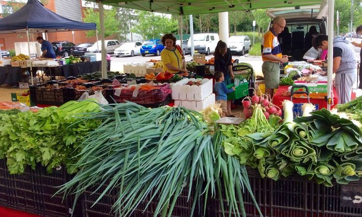 Trendy: Visitors consider the fresh produce at Rouse Hill Organic Food Market.