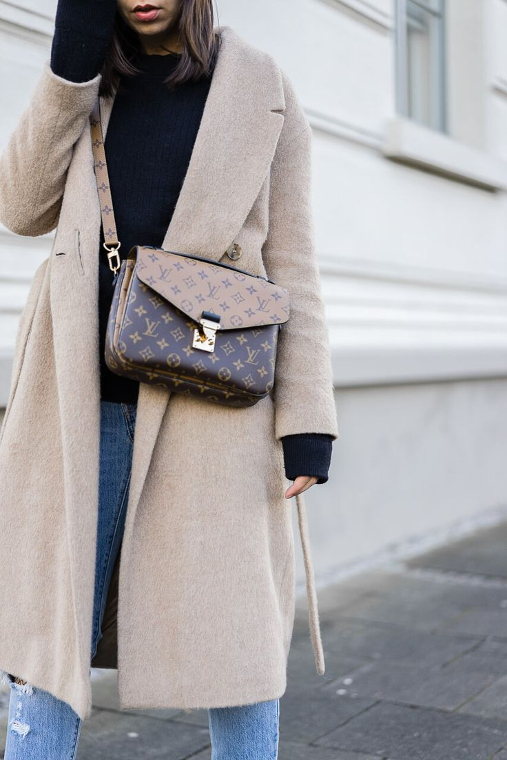 WINTEROUTFIT MIT LOUIS VUITTON COVER METIS REVERSE & DESTROYED JEANS