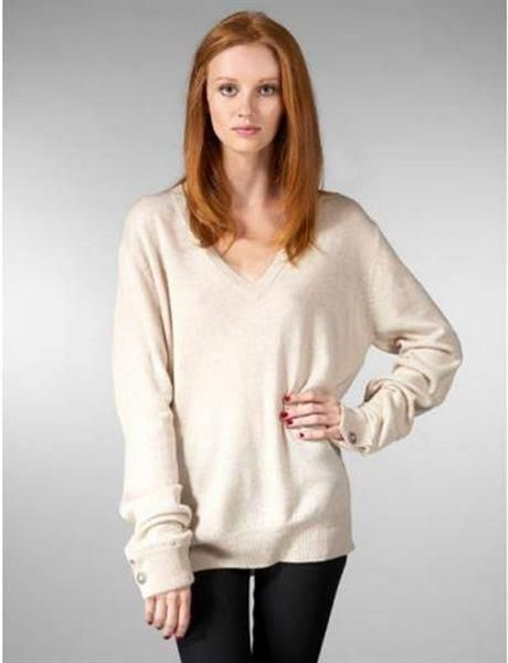 Вязанные белые свитера