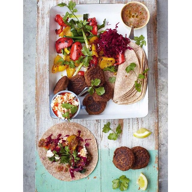 «Morning guys today recipe is my idea of tasty super easy lunch. Beautiful Falafel wraps with grilled veg and salsa just load up the tortillas and tuck in!…»