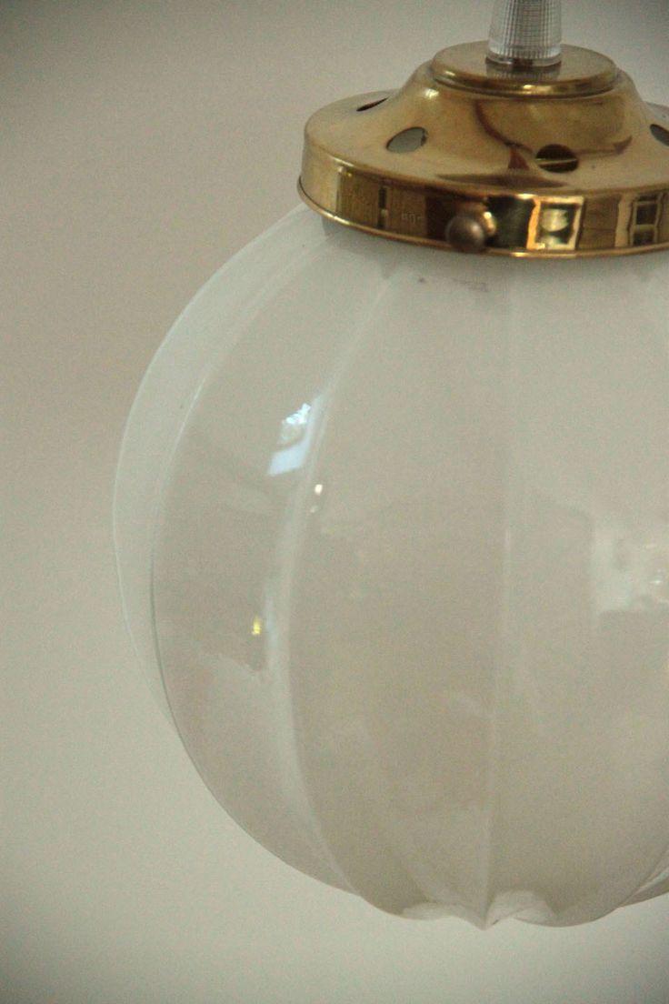 Vintage petit lustre suspension ancien luminaire abat for Luminaire abat jour suspension