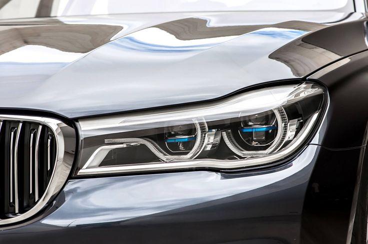 BMW Laserlights, yolun 600 metre ilerisine ışık tutuyor.  BMW 7 Serisi Seda. #Otomol #BMW