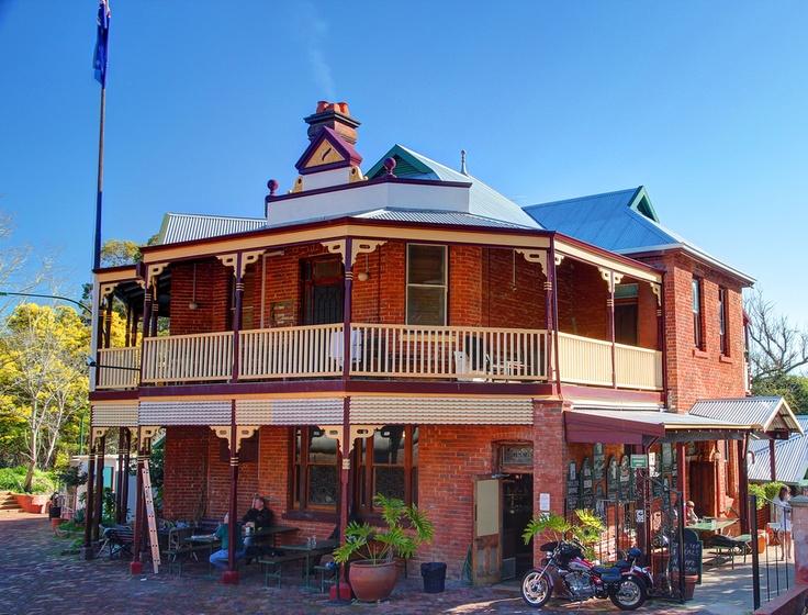 Mundaring Weir Hotel