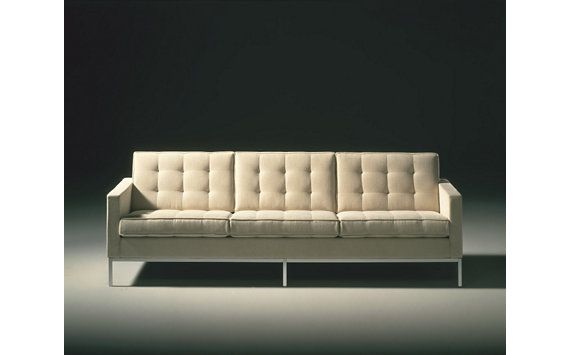 Florence Knoll Sofa in Classic Bouclé