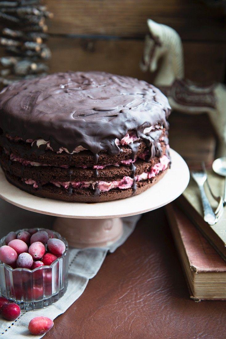 Schoko-Cranberry-Torte | http://eatsmarter.de/rezepte/schoko-cranberry-torte