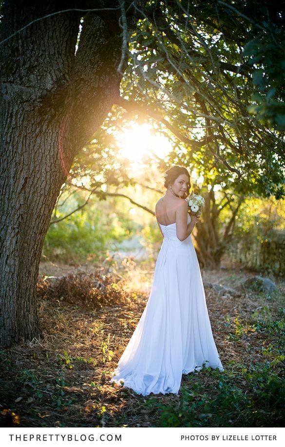 Beautiful bride & outdoor shoot | Photography: Lizelle Lotter, Dress: Lana Design Studio, Flowers: Flowers in the Foyer