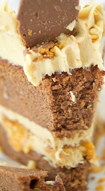 This delicious Butterfinger Cake Recipe dessert is made from scratch and features a moist chocolate cake with peanut butter frosting and…