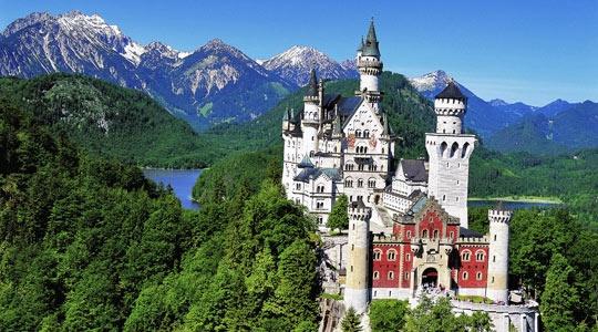 New Schwanstein in Bravaria. Where Disney got their idea for magic kingdom.
