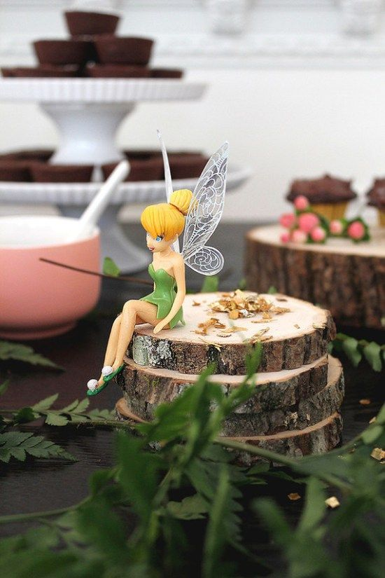 Tinkerbell-Inspired-Woodland-Fairy-Birthday-Party-Tinkerbell-Decor