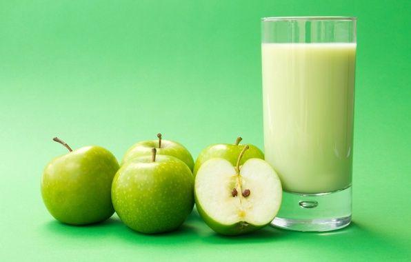 Обои еда, яблоко, яблоки, зеленые, молоко картинки на рабочий стол, раздел еда - скачать