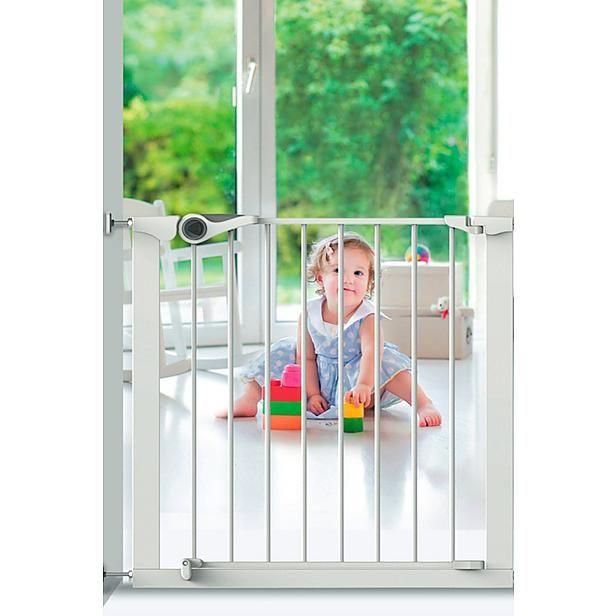Alles voor de veiligheid van je kleintje #traphekje #baby #wehkamp