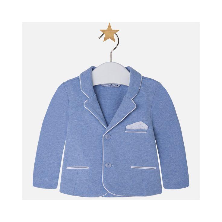 Lichtblauwe gebreide blazer van het Spaanse merk Mayoral.
