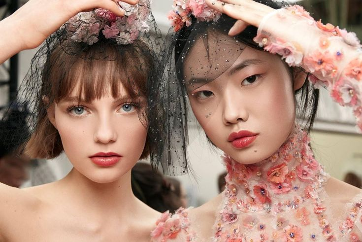 CHANEL SPRING/SUMMER HAUTE COUTURE 2018 COLLECTION: BACKSTAGE BEAUTY
