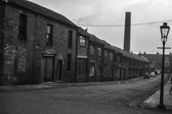 GALLERY: Unseen images of Burslem & Smallthorne: Bert Bentley Collection on Stoke Sentinel. Dale Street. Marsden's Tile Works
