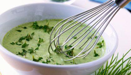 Salse veloci: la ricetta dello tzatziki greco, per insalate light   PER PINZIMONIO