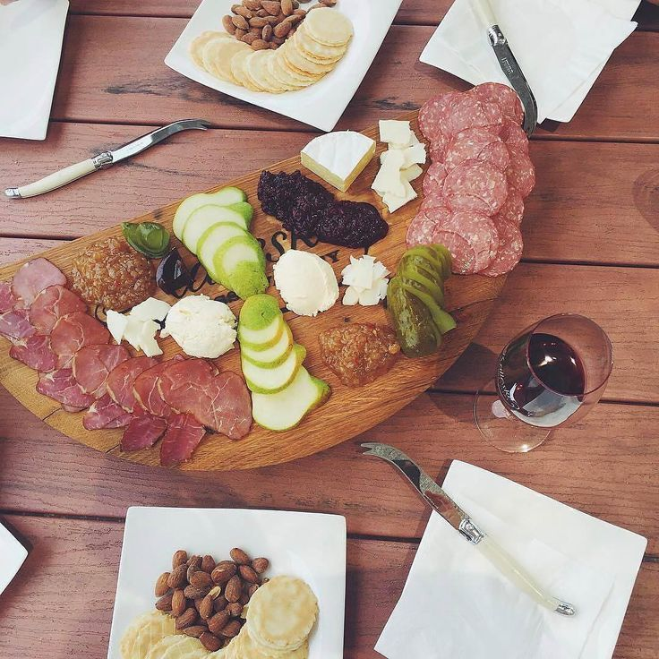 Is it wrong to be thinking about next weekend's lunch on a Monday? We are very focussed on getting one of these platters from @kalleske into our belly! Pic by @laugrace