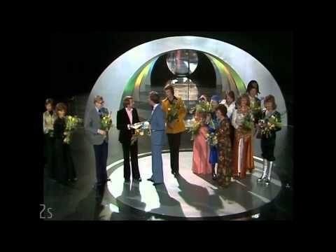 ABBA : Waterloo (Live Melodifestivalen 1974 Sweden) HQ