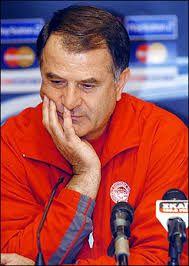Dusan Bajevic. Mostar. Bosnia-Herzegovina. (1948). Προπονητής από το 1996-1999 & 2004-2005. (5 πρωταθλήματα 2 doubles).