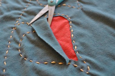 Reverse-Appliqué technique from Sew Mama Sew - shows how she does small areas
