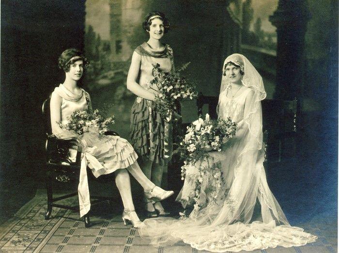61872. Wedding of Vera Hattam and Lindal Vernon at the Gardiner Methodist Church, 29 September 1928