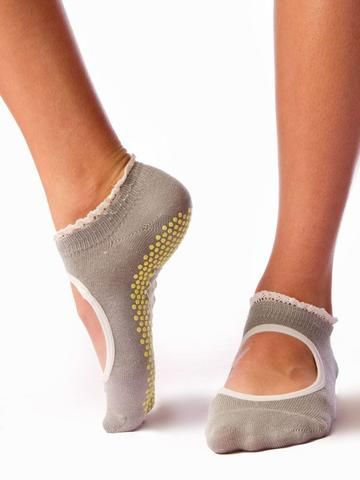 Beautiful split toe, toe sox, full coverage, & ballet grip sock. Perfect for women's feet and alternative to toesox. Barre socks don't have to be the plain part of your outfit. Check out these designer patterns and colors to take your sock game up a notch. Grip socks for all girls.