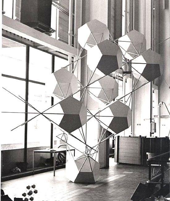 Gerard Caris - Pentagonism #modular #geometry #pattern