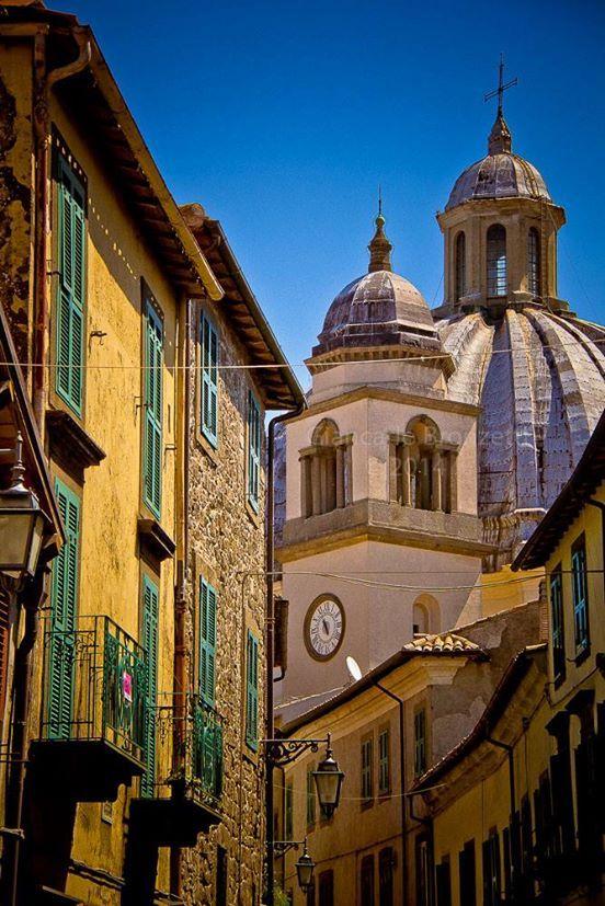 Montefiascone  photo G. Bronzetti