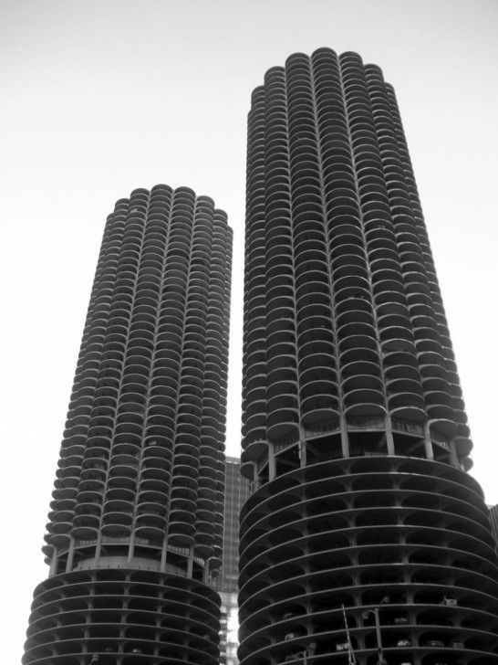 MARINA CITY by BERTRAND GOLDBERG (1967)