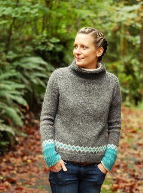 """Moon Pulls is a lopapeysa that fits like your favorite sweatshirt, with colorblocking in bold glacial blue and a little bit of stranded colorwork that recalls its more traditional counterpart. Soft cashmere-lined cuffs and collar turn up the cozy factor. Moon Pulls measures 32 (34, 36, 38, 40, 44, 48, 52)"""" at bust. Intended to be worn with positive ease. Yardage requirements for each color/yarn are listed below: **- yarn color A:** 545 (595, 630, 655, 715, 786, 910, 1000) yds Ístex Létt-Lopi…"""