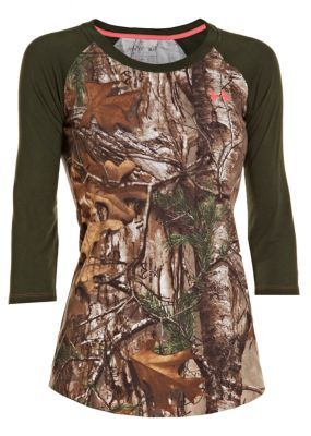 The Under Armour Women's Charged Cotton Camo 3/4-Sleeve Tee Shirt is made of natural cotton fibers that dry five times faster than conventional cotton while still delivering the soft, comfortable feel you demand.