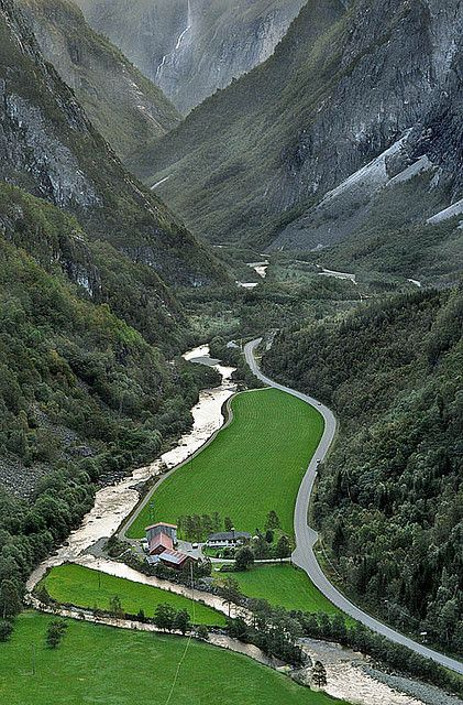 Beautiful view of Naeroy valley seen from Stalheimskleivi. (by Maria K Steinsson) #Norway ☮k☮ #Norge