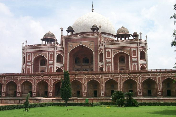 North India Tour Packages with Imperial India Tour Packages...Read More : http://www.indiatourpackageoperator.com/