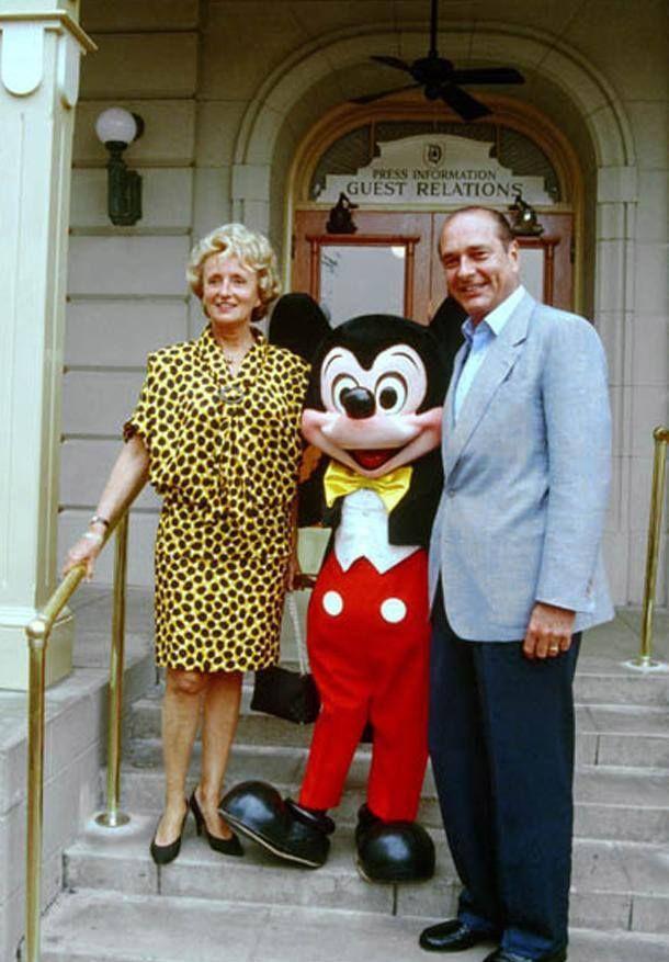 Jacques Chirac, Bernadette, Mickey.