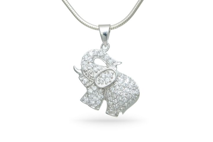 Funkelnder Elefanten Anhänger aus echt Silber . Wer findet Elefanten auch so toll?