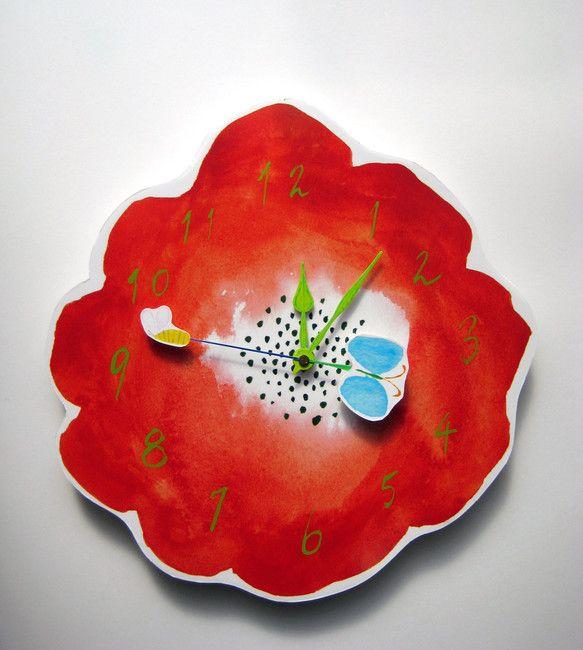 ちょうちょとミツバチが、お花のうえをくるりくるり・・・ アネモネの花が文字盤、葉っぱが時針・分針、昆虫が秒針になった壁掛け時計。文字盤:中芯紙(顔料インクプリ... ハンドメイド、手作り、手仕事品の通販・販売・購入ならCreema。
