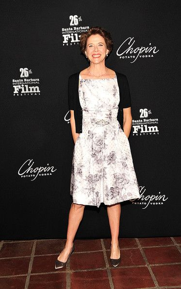 Annette Bening - simply stylish
