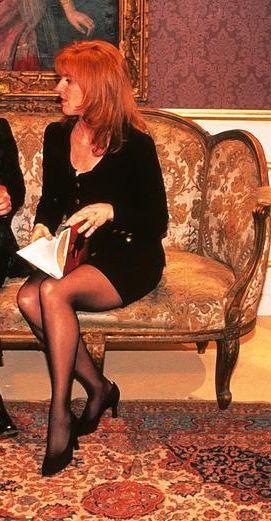 Sarah Ferguson 1996  Gorgeous legs, here.....