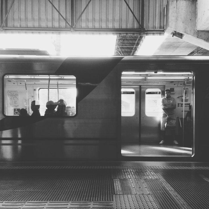 VSCO Grid Metro Red Line _SP