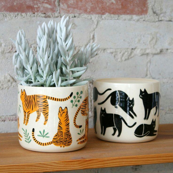 Handpainted cat / tiger pattern pots for plants