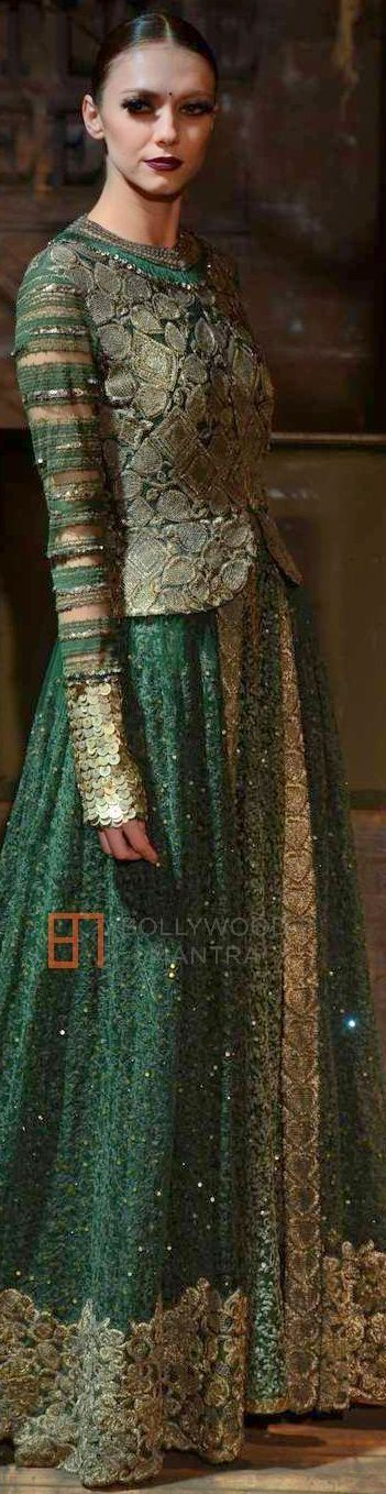 Sabyasachi- Amazon India Couture Week 2015