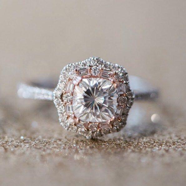 White and rose gold cushion halo engagement ring ,vintage halo setting,vintage halo engagement ring #cushioncuts #moissaniteengagementring #moissanitering #moissaniteloosestone #foreveronemoissanite #diamondalternative #diamondalternativerings