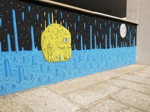 Swimming to the moon - Graffiti de Jaume Joan