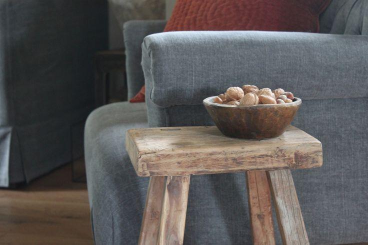 Oud houten krukje accessoires en decoraties huis haard for Oud roze accessoires huis